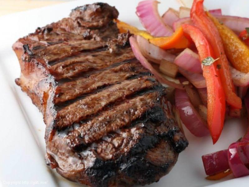 Si te gatuajme Bifteket?