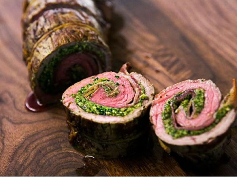 Rrolladë me mish dhe spinaq